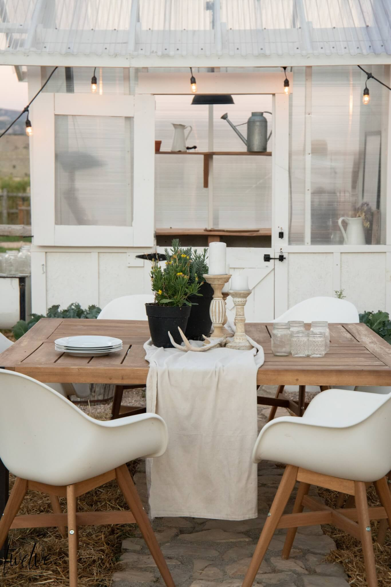 Summer Dining Ideas in the Garden