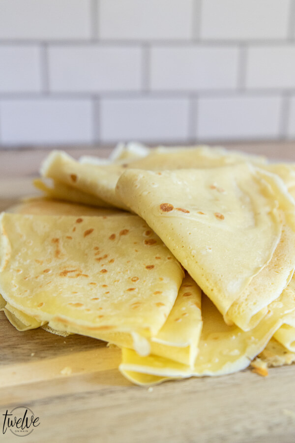Get this amazing sourdough crepes recipe as well as 7 other must have sourdough recipes right here!