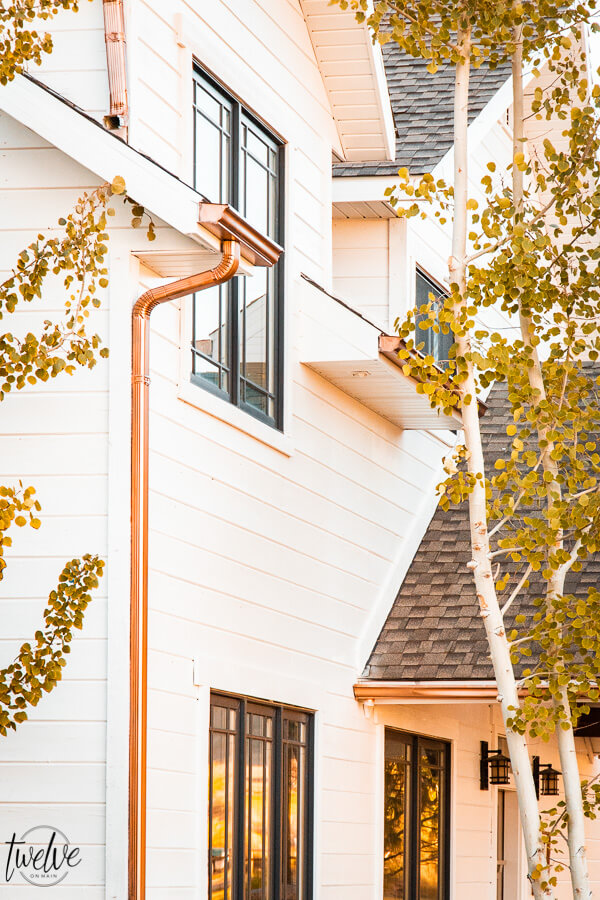 Gorgeous new paint colors on the house. Benjamin Moore White Dove is the perfect white for the outside of the house.
