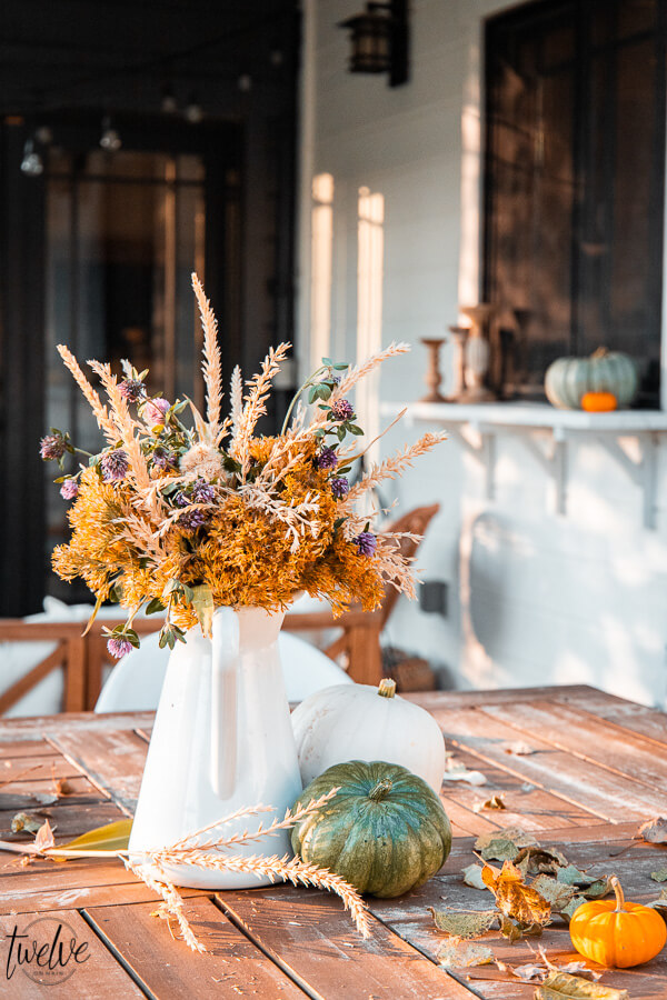 Simple Fall Floral Arrangement From My Backyard