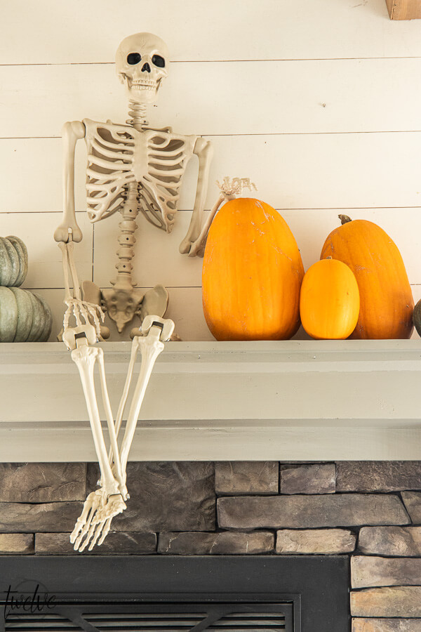 Fun and Simple Halloween Mantel