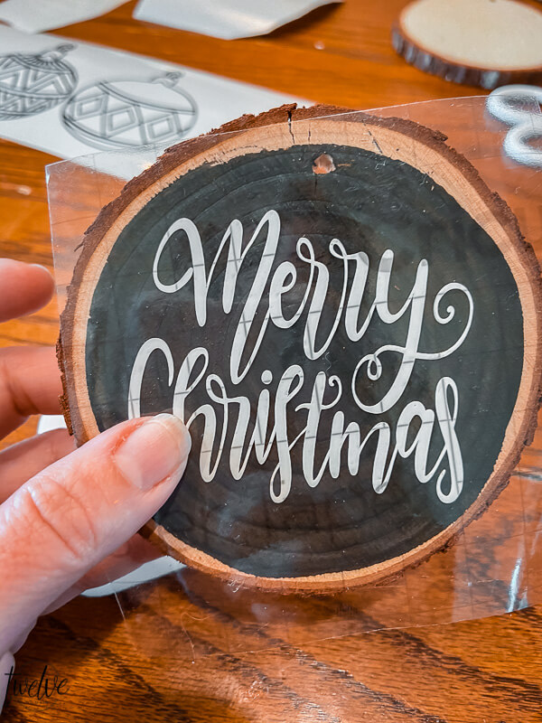 How to make wood round Christmas ornaments