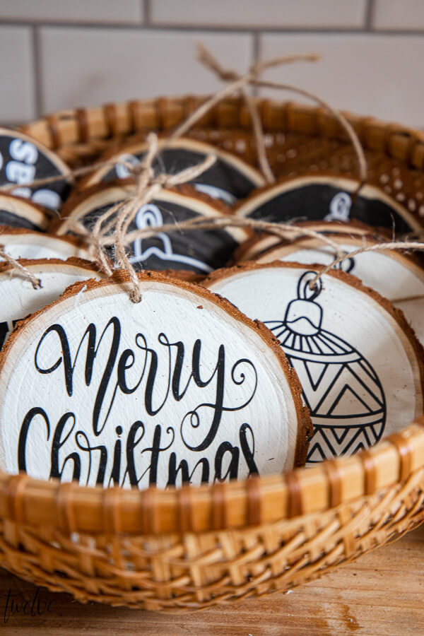 Want personalized Holiday gift ideas? How about some cute personalized Christmas ornaments that you can make with a Cricut machine. I made these cute Christmas ornaments using wood rounds, and created the designs that were cut on my Cricut Maker.