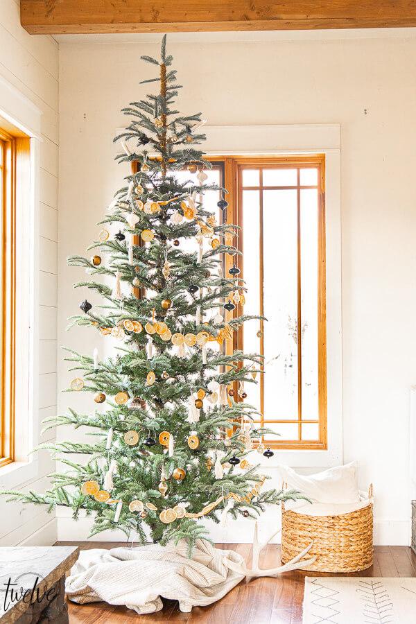 My Simple Nordic Christmas Tree