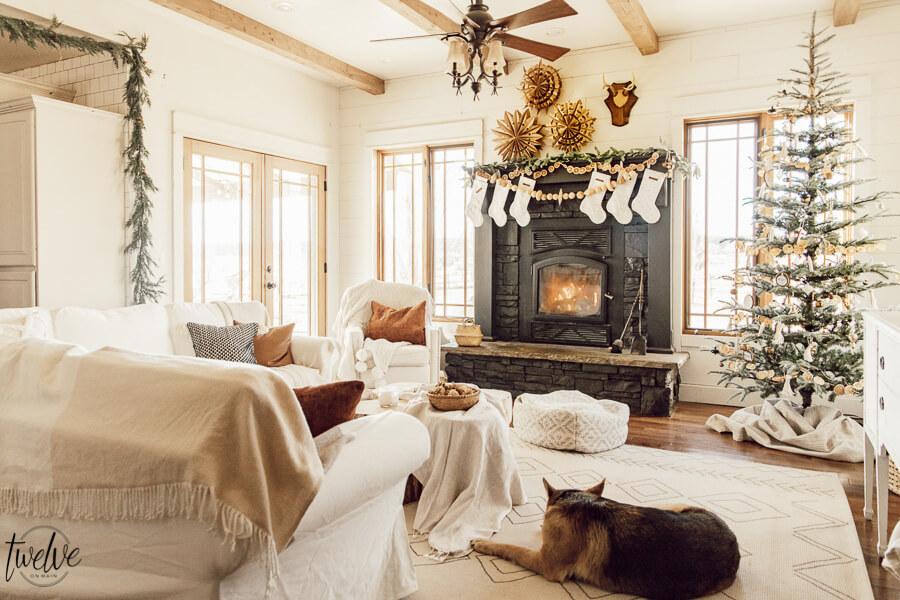 Cozy Christmas Living Room Decor