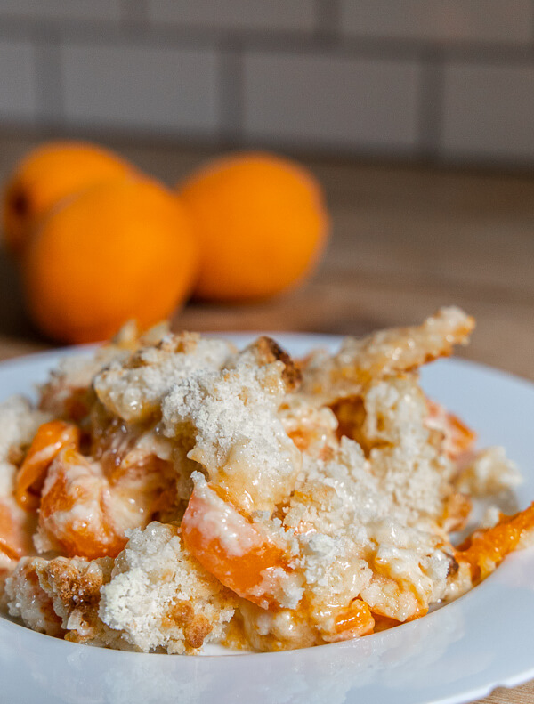 Fresh Cheesecake Apricot Cobbler