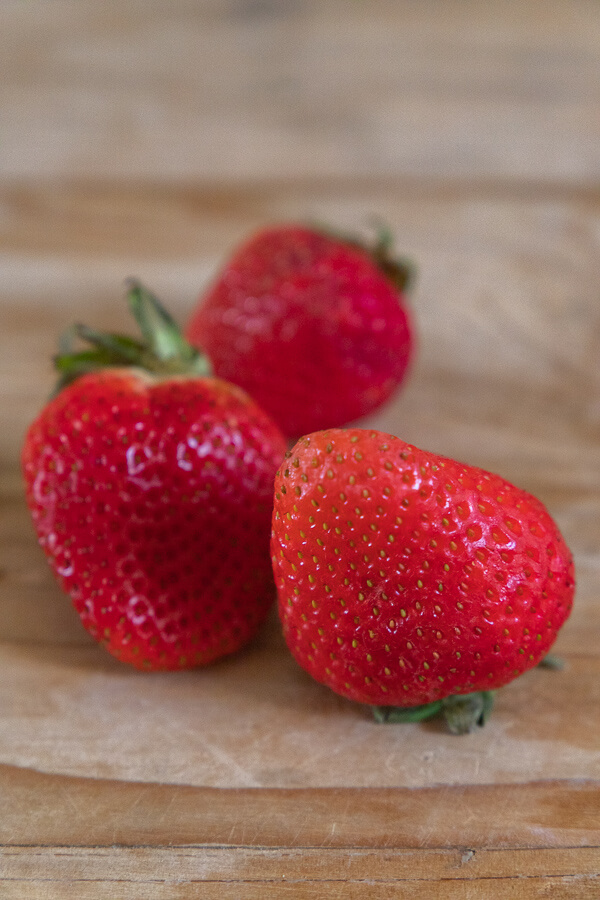 How to Keep Strawberries Fresh For Days