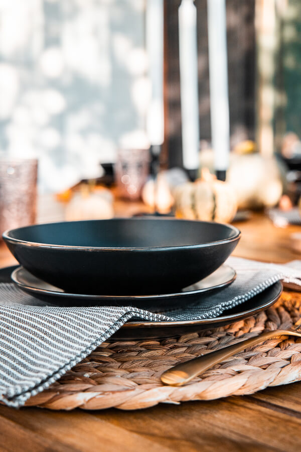 Fabulous black dinner ware, gold silverware and oodles of gorgeous fall decor ideas in one post!